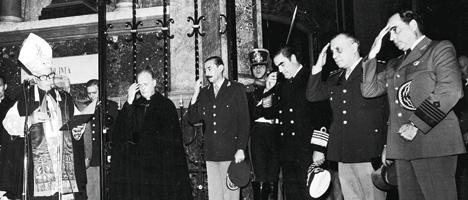 Videla e il legato pontificio Pio Laghi