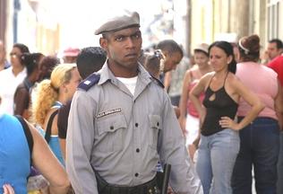121-192-policia.embedded.prod_affiliate.84