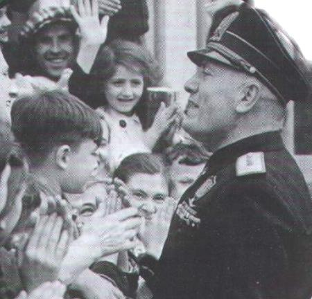 Mussolini bambini