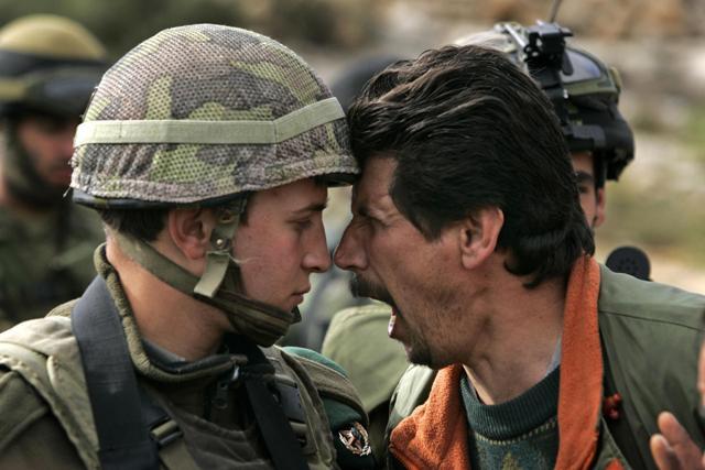 palestinese-litiga-con-israeliano