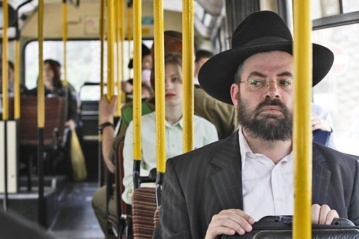1 haredim_bus