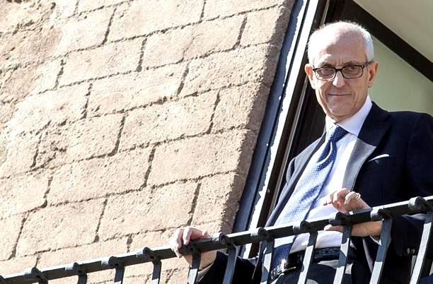 Il commissario di Roma Francesco Paolo Tronca in Campidoglio, 1 novembre 2015. ANSA/MASSIMO PERCOSSI
