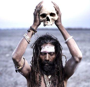1 INDIA_(F)_0821_-_Magia_nera