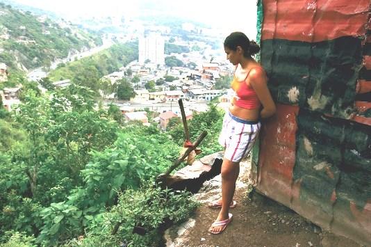 1caracas_hillside_slum