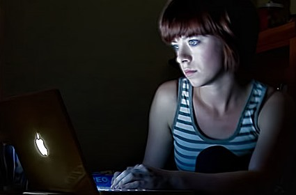 1-woman-on-computer-by-corie-howell-creative-commons